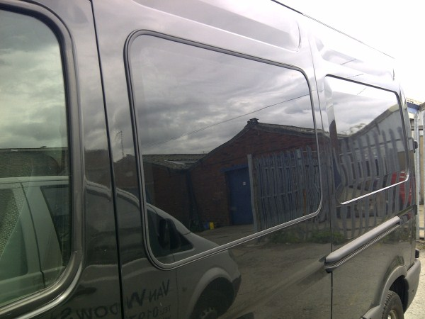 Window Cleaners In Leeds >> Renault Master n/s front fixed bonded side window in green (Old Shape)